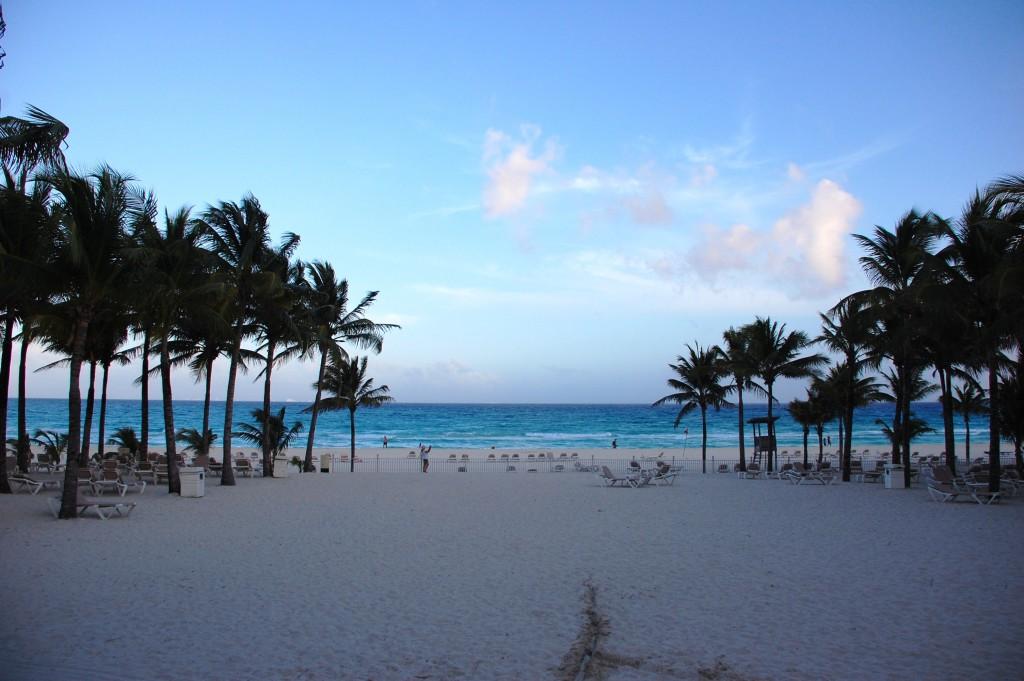 RIU Palace Riviera Maya beach