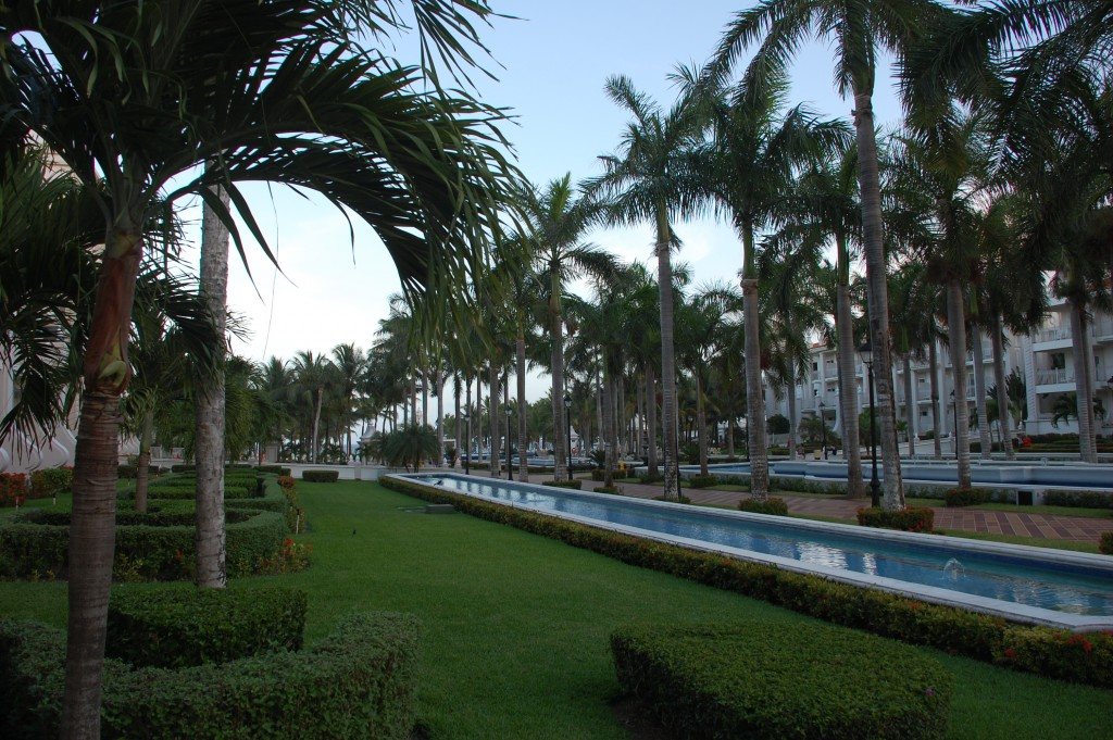 RIU Palace Riviera Maya promenade